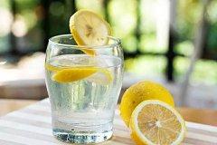 【蜂蜜吃法】蜂蜜柠檬水的做法以及注意事项