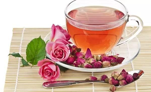蜂蜜茶的功效与作用及简单做法(蜂蜜茶的正确做法与功效及禁忌)