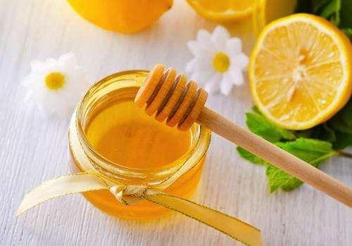 蜂蜜是怎么产生的(蜜蜂是怎样产生蜂蜜的)