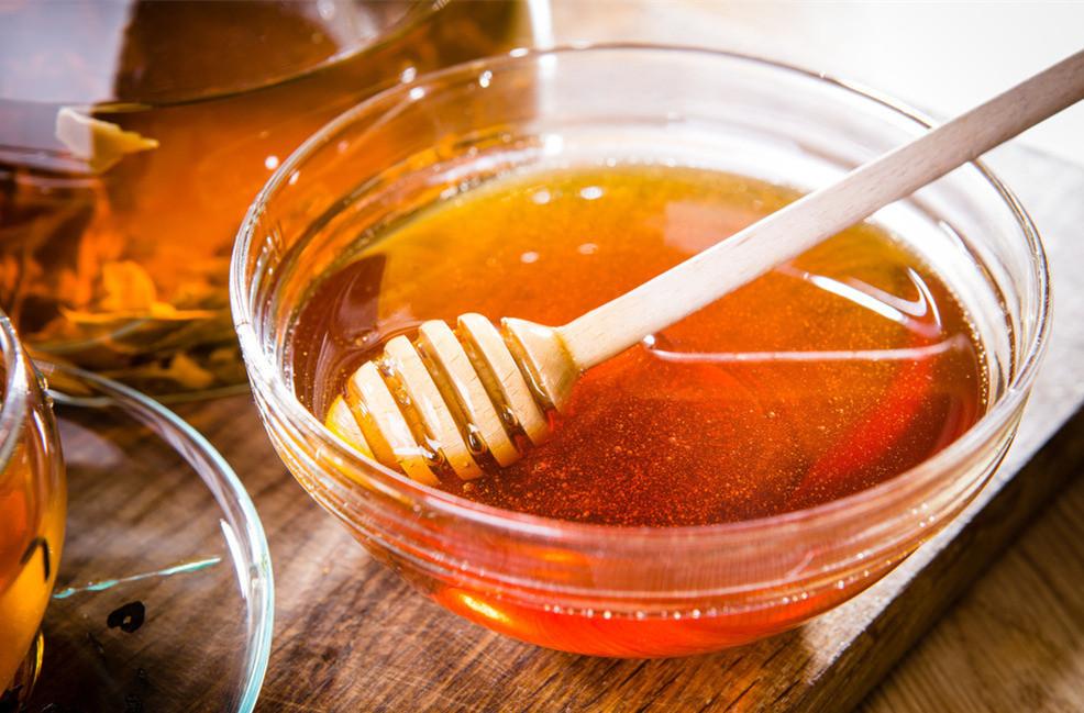 蜂蜜含有哪些营养物质(蜂蜜主要成分及营养价值)