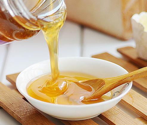 油菜蜜和槐花蜜哪个好(槐花蜜和油菜花蜜的作用与功效)