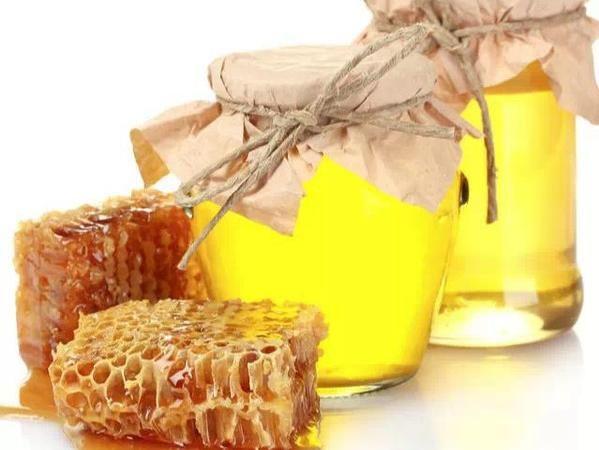 意蜂蜜和土蜂蜜哪个好(意蜂蜜和中蜂蜜哪个好)