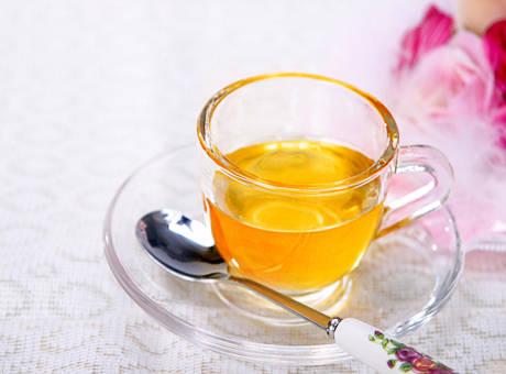 坐月子可以喝蜂蜜水吗(月子里喝蜂蜜的好处)