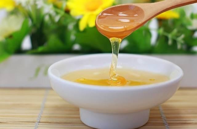 槐花蜜的功效与作用(蜂蜜有什么作用)