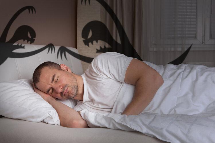 """""""鬼压床""""是怎么回事?意识清醒却无法动弹,如何快速唤醒身体?"""