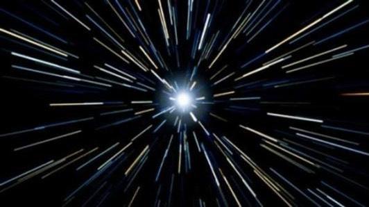 30万公里每秒的光速,它的动力来源是什么?需要加速吗?