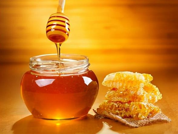 蜂蜜变质了还有什么用处(如何处理变质的蜂蜜)