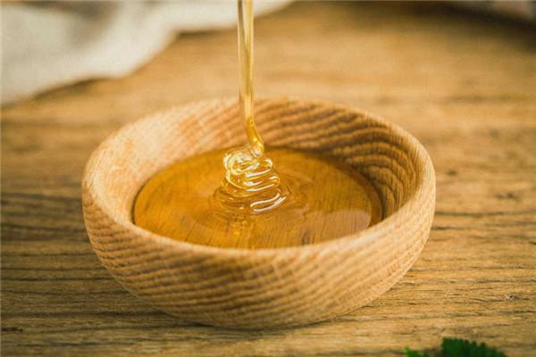 枸杞蜂蜜是凉性还是热性(枸杞蜂蜜是凉性的么?)