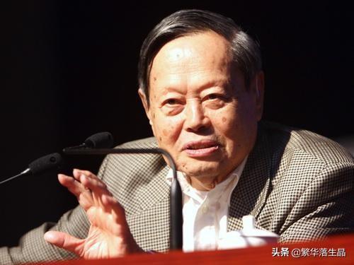 杨振宁百岁生日讲话:没有外国人参加中国原子弹制造,和翁帆结婚17年依旧恩爱