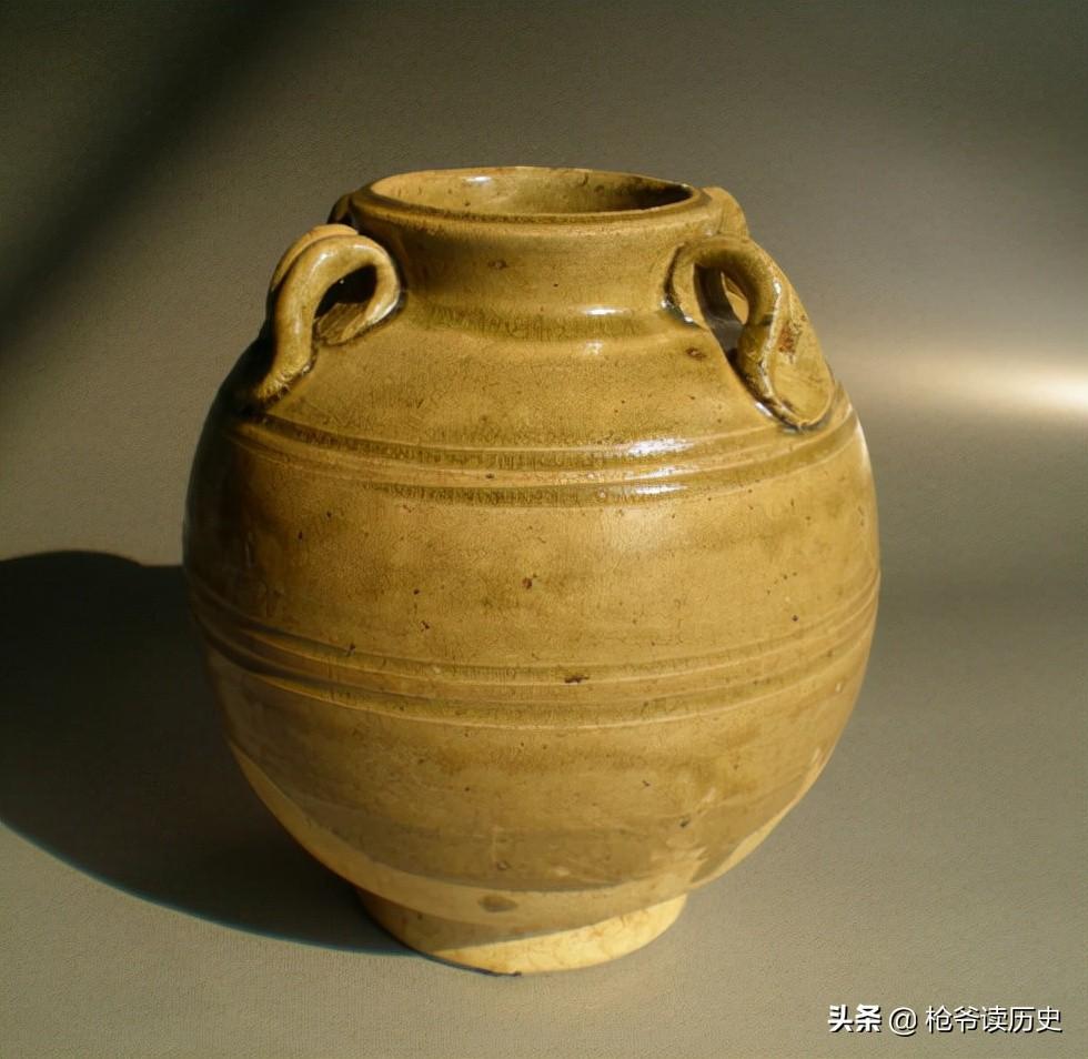 """隋唐时期的瓷器,为何形成""""南青北白""""之说?"""