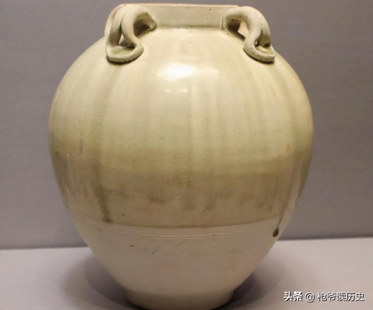 中国最早的瓷器出现在什么时代?是如何发展的?