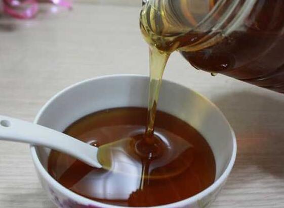 影响乌桕树吐蜜的因素有哪些(影响乌桕流蜜与蜂蜜产量的几个因素 )