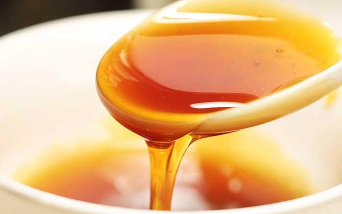 乌桕蜜和枇杷蜜哪个好(乌桕蜜和枇杷蜜的对比)