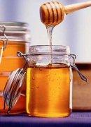 油菜蜜可以饲喂蜂吗(秋季可以用油菜蜜奖励饲喂蜂群吗)